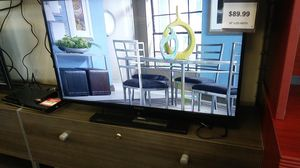 39 inch TV for Sale in Houston, TX
