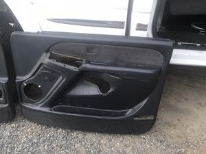 2002 GMC/Chevy Truck interior parts for Sale in Menifee, CA