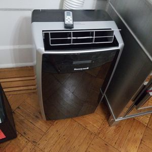 Brand New AC/Heater for Sale in New York, NY