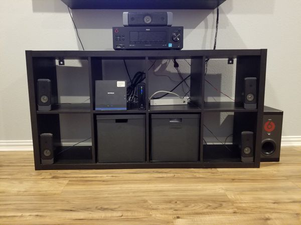 RCA home theater 5.1, comes with remote , Dolby digital pro logic II , really good conditions, good bass really loud , has optical audio port and aux