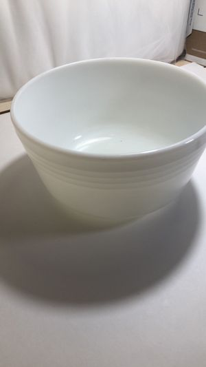 Pyrex milk glass bowl for Hamilton beach for Sale in Cape Coral, FL