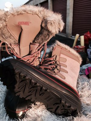 Brand new spanking boots MONKexcellent condition size 8 for Sale in Romeoville, IL