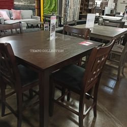 NEW, BROWN 5 PC HIGH COUNTER DINING SET. for Sale in Santa Ana,  CA