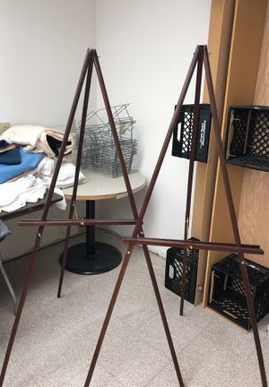 Tripod Stand for Sale in St. Louis, MO