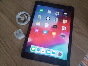 """iPad Air (Wi-Fi ONLY Internet access) Usable with Wi-Fi """"as like nEW"""" for Sale in Springfield, VA"""