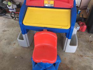 kids playmate desk for Sale in Marietta, GA