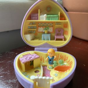 Vintage Polly Pockets for Sale in Kensington, MD