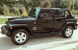 2007 Jeep Sahara Wrangler Unlimited Low mileage for Sale in Baltimore, MD
