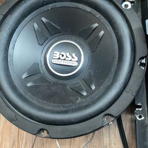 Subwoofer for Sale in Inver Grove Heights, MN