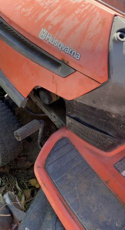 Husqvarna Tractor for Sale in Bakersfield,  CA