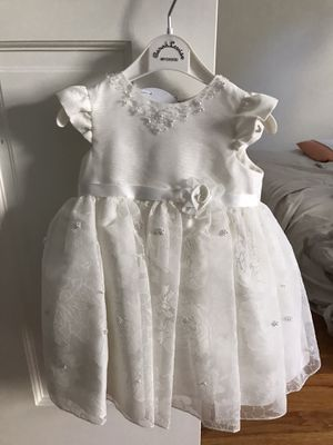 Sarah Louise Baptism Off White Ivory Dress size 6 months for Sale in Queens, NY