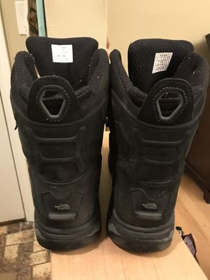 Northface men's boots for Sale in Mount Prospect, IL