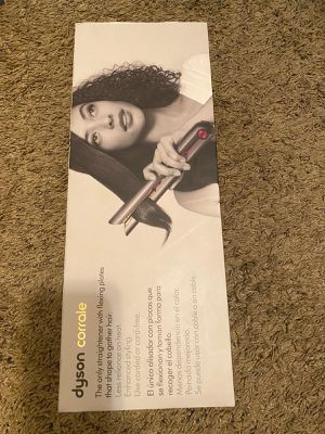 Dyson - Corrale Hair Straightener - Black Nickel/Fuchsia. Pick up only!!! for Sale in West Hollywood, CA