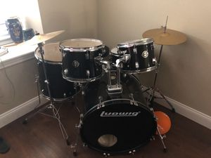 5 piece adult size, Ludwig drum set with (symbols for free) has drummer key and all attachments for Sale in Dickinson, TX