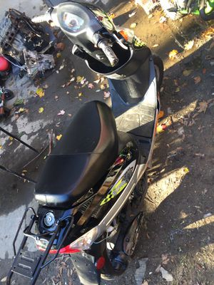 Tao Tao 50cc or trade for dirt bike for Sale in The Bronx, NY