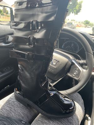 Leather boot for Sale in Hacienda Heights, CA