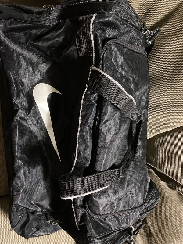 Nike duffle bag-large