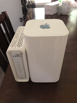 Apple AirPort Extreme Router (w/ Arris Surfboard modem) for Sale in Clackamas, OR
