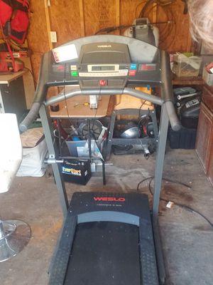 Weslo cadence g 5.9i treadmill for Sale in Suffolk, VA