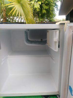 Mini refrigerator for Sale in Sarasota, FL