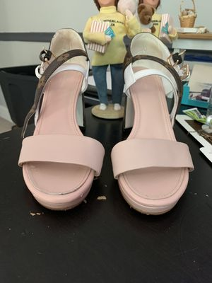 Louis Vuitton beautiful sandals- they are to small!! for Sale in Philadelphia, PA