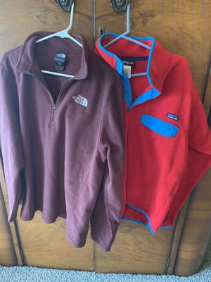Sweatshirt/Pullover for Sale in Euless, TX