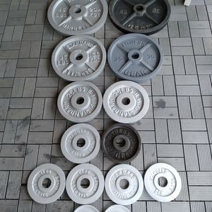 Olympic Weight Plates / Gym / Gymnasio / Pesas / Bench Press for Sale in Dallas, TX