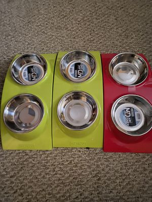 Dog 🐕 cat food water bowls Wetnoz Arc diner for Sale in Austin, TX