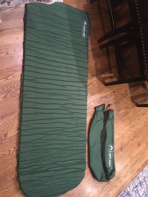Lightspeed Self Inflathing camping pad for Sale in Addison, IL