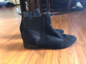 Women's boots size 10 for Sale in Pembroke Pines, FL