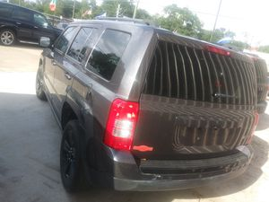 Jeep patriot 2015.. for Sale in Houston, TX