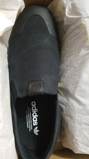 Adidas for Sale in Dearborn, MI