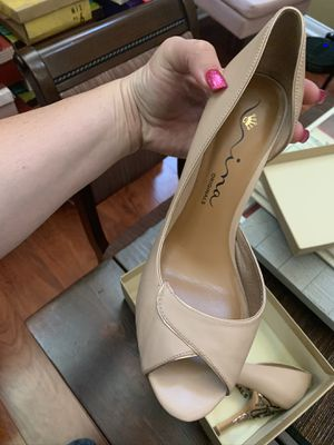 Nina heels size 9.5 for Sale in Rancho Cucamonga, CA
