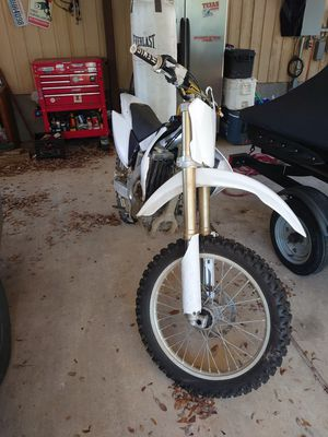 2008 Honda CRF250r dirt bike for Sale in Austin, TX