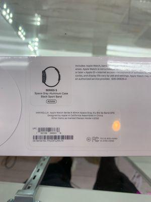 Series 5 Apple Watch GPS for Sale in Pompano Beach, FL