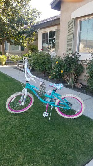 "20"" Girls Bike --Like New--Only Used Twice for Sale in Bakersfield, CA"