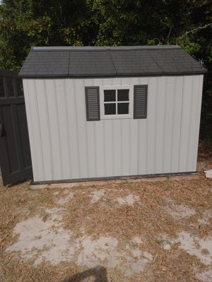 Plastic shed house $$450 and good conditions serious buyers only for Sale in Wimauma, FL