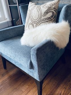 Nice Modern Arm Chair for Sale in Vancouver,  WA