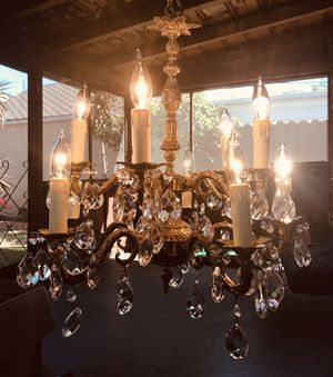 Vintage Crystal Chandelier for Sale in Sacramento, CA