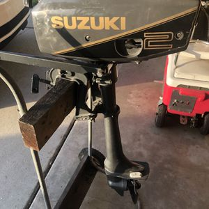 2 HP Suzuki Outboard Motor for Sale in Newport Beach, CA