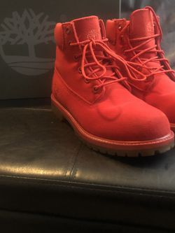 Unisex Timberland Boots Size 4 for Sale in Smyrna,  GA