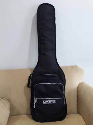 Bass Guitar, Combo, strap cord and guitar bag. for Sale in Glenarden, MD