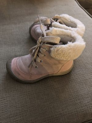 OshKosh Girls Snow boots Size 9 for Sale in Queens, NY