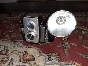 Vintage 1950s Kodak Brownie Reflex 20 for Sale in St. Petersburg, FL