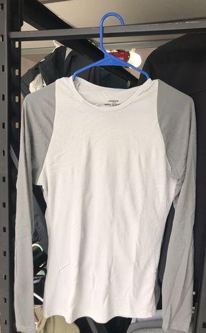 Patagonia capilene 2 baselayer women's size medium for Sale in Berkley, MI