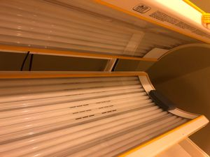 Wolff Commercial Tanning Bed for Sale in Pineville, LA