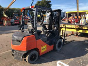 2013 Toyota Forklift 8FGU25 / 3204Hr for Sale in Los Angeles, CA