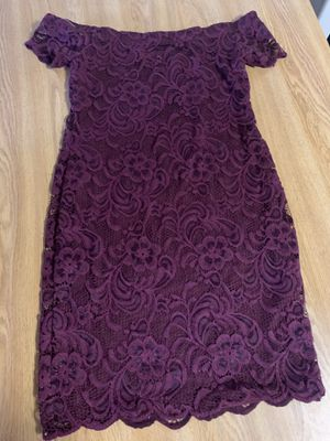 really pretty soft dress off the sholder size medium for Sale in Schaumburg, IL