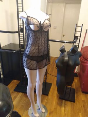 Mannequin and Shelving Racks for Sale in Hazelwood, MO