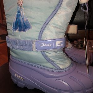 Frozen Snow Boots For Girls for Sale in Philadelphia, PA